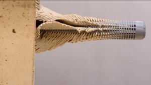 paso 5-3 colocar presas escalada en ladrillo