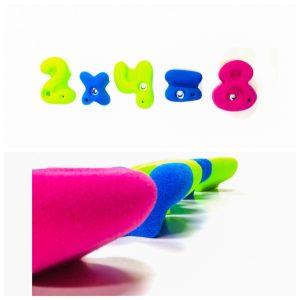 presas de escalada infantiles signos matematicos